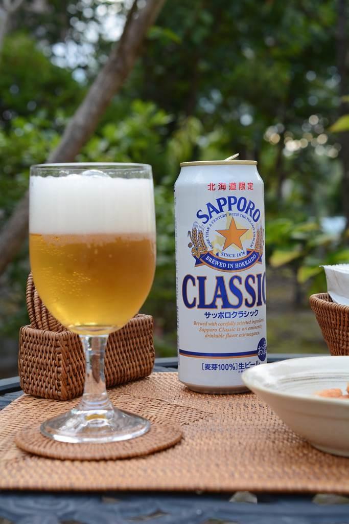 昼間のビールは最高の至福