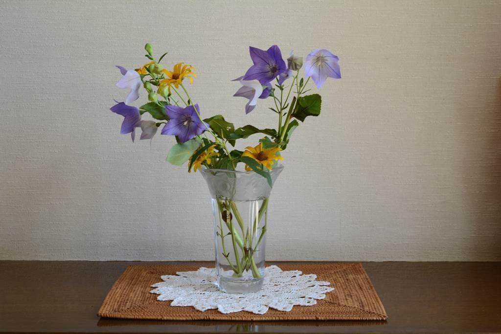 アタの玄関のお花用マット