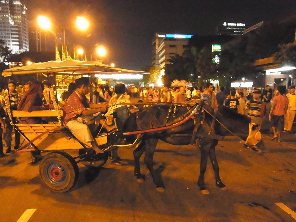 ジャカルタ市内を走っている馬車