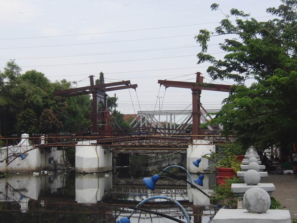 コタの跳ね橋2