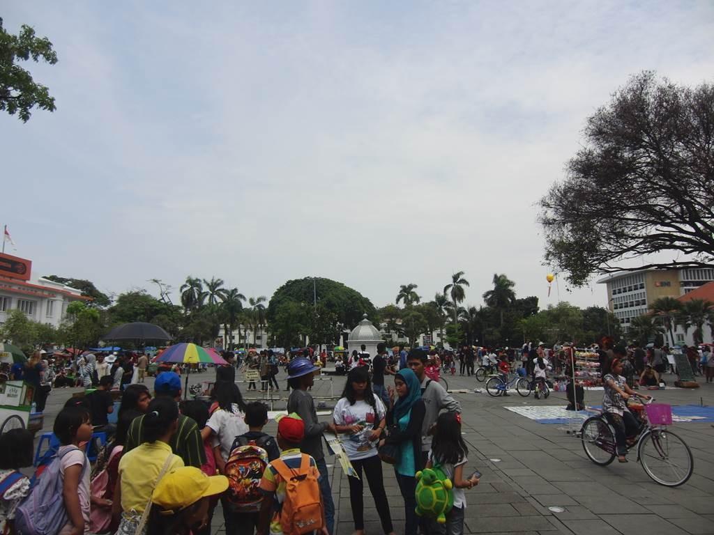 ファタヒラ広場の様子1