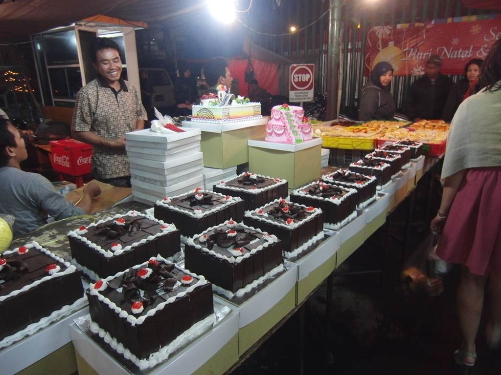 甘そうなケーキが沢山並んでいます。