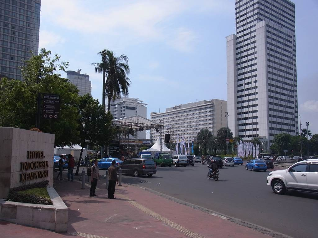 グランドインドネシア前の広場