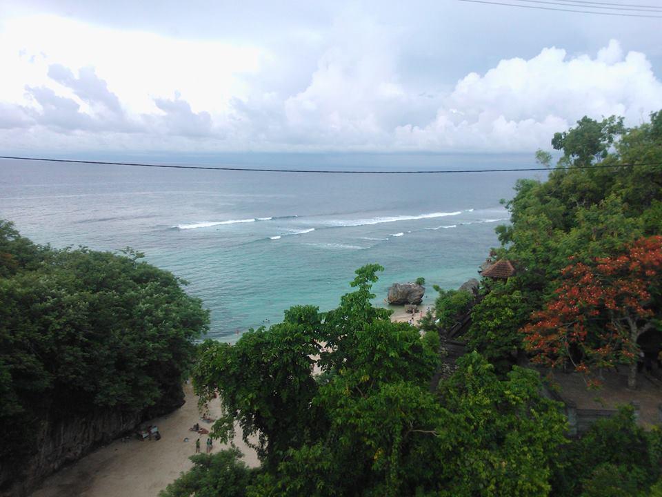 padang-padang beach バリ島