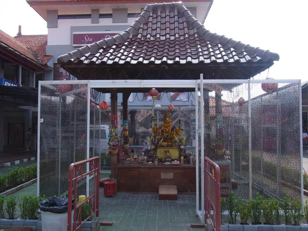 ジャカルタフェアの小さなお寺