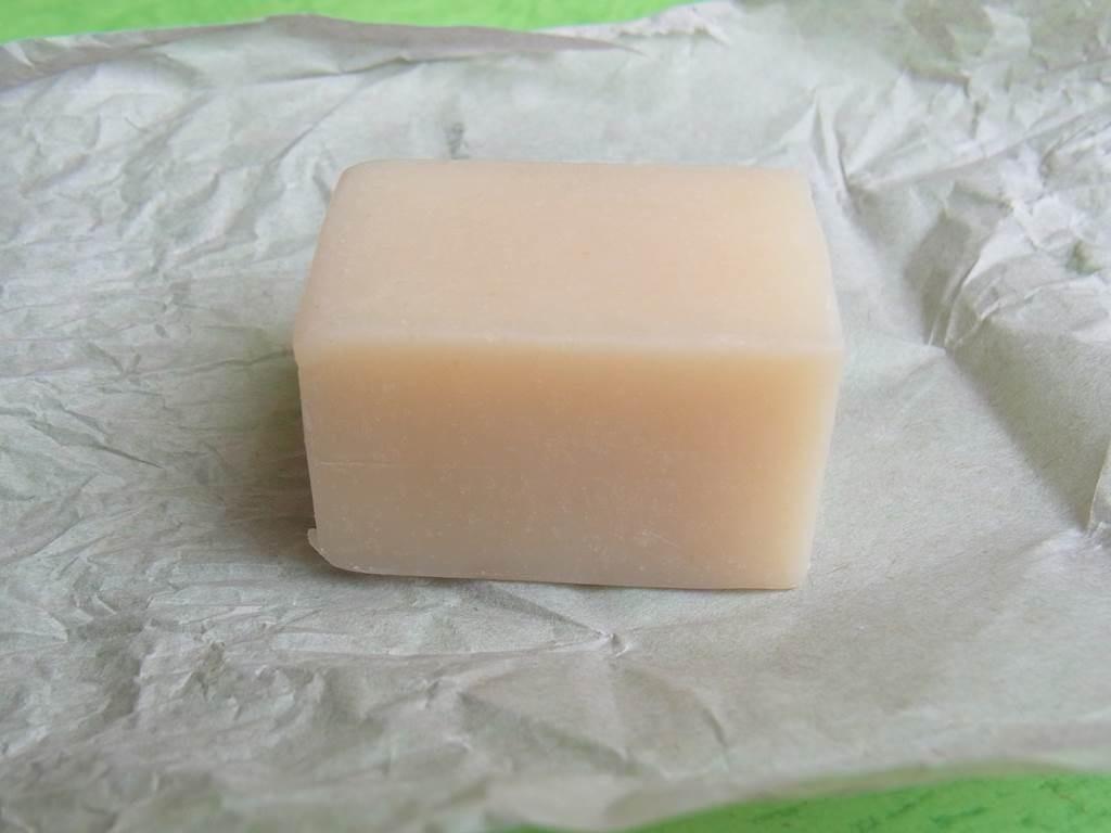 バリ島のナチュラルソープ sweet orange soap
