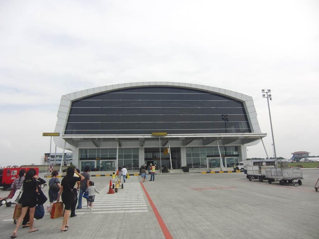 ジャカルタの空港に到着