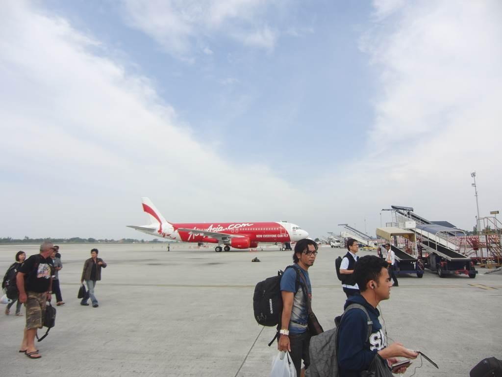 ジャカルタにあるair asia の飛行機