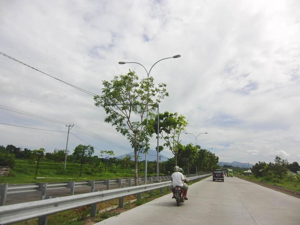 ブサキ寺院へ向かう途中