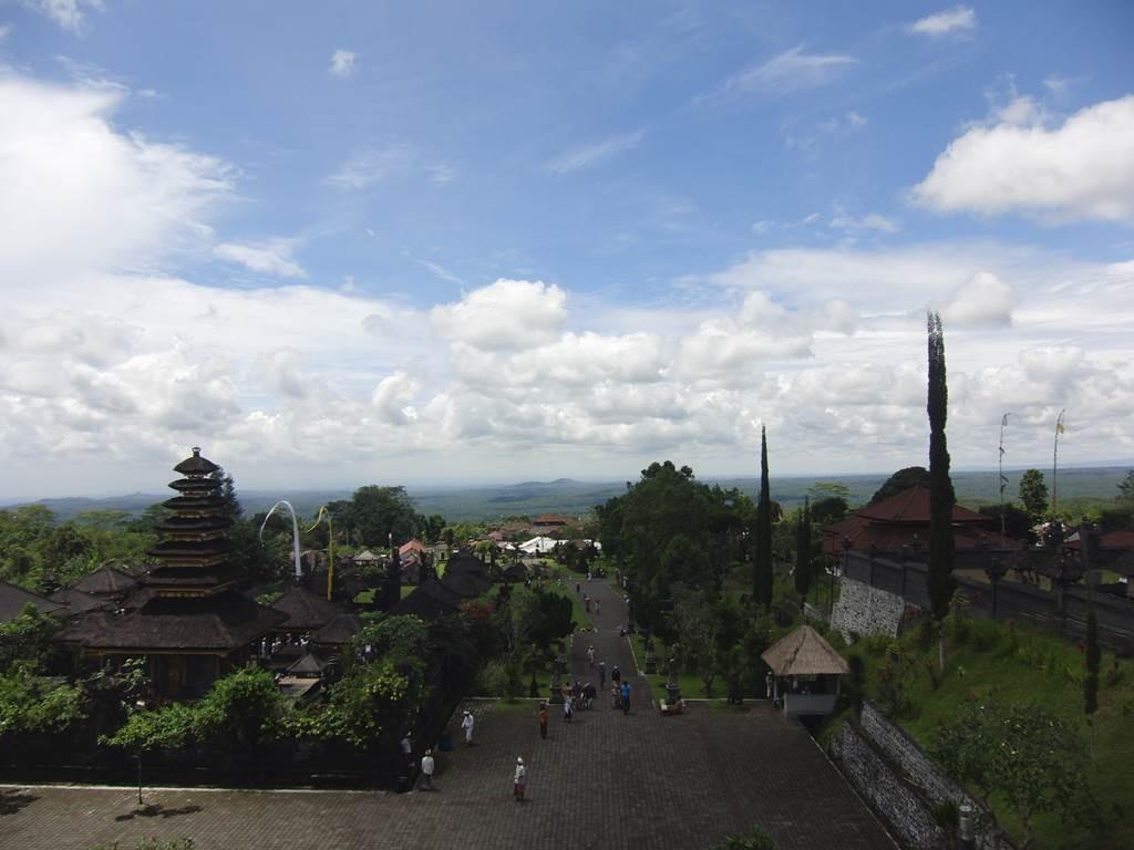 ブサキ寺院からの絶景