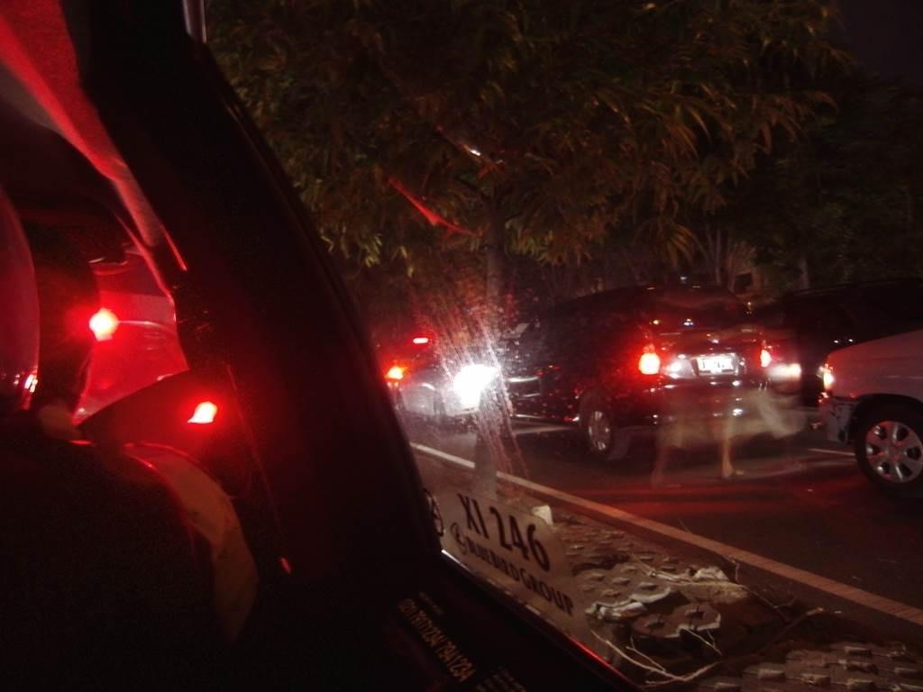 ジャカルタの渋滞 タクシーからの車窓