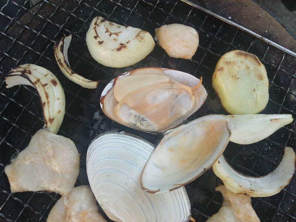 白貝の七輪焼き