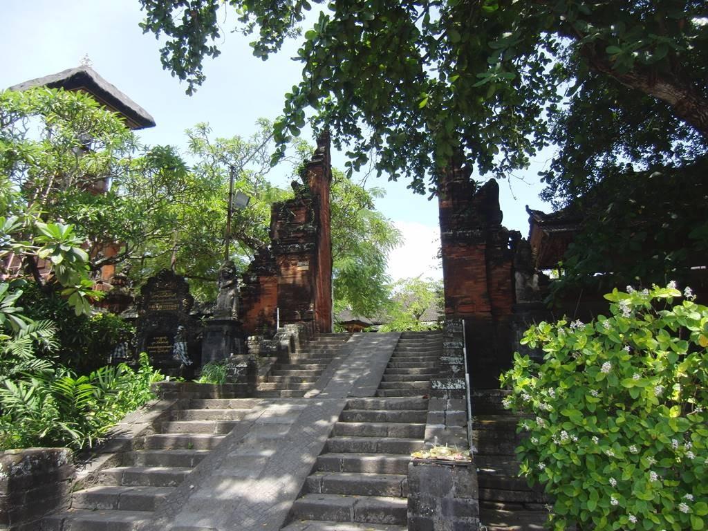 バリ島のクロボカンにあったお寺