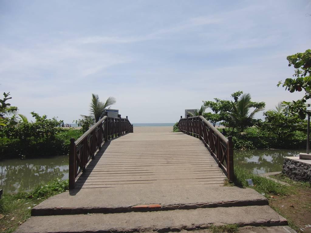 バリ島の綺麗な橋